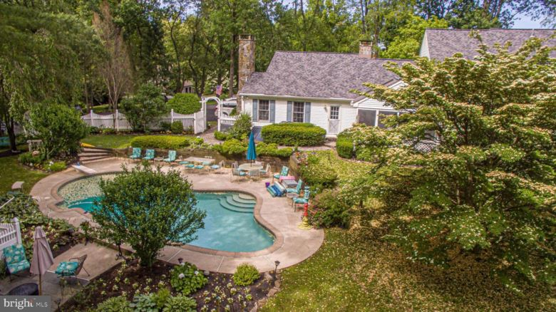 50 BLUE STONE DR, CHADDS FORD, PA 19317