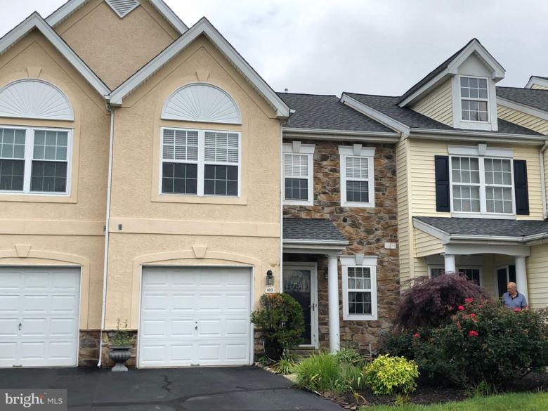 403 HOLLY HILL CT, WARMINSTER, PA 18974