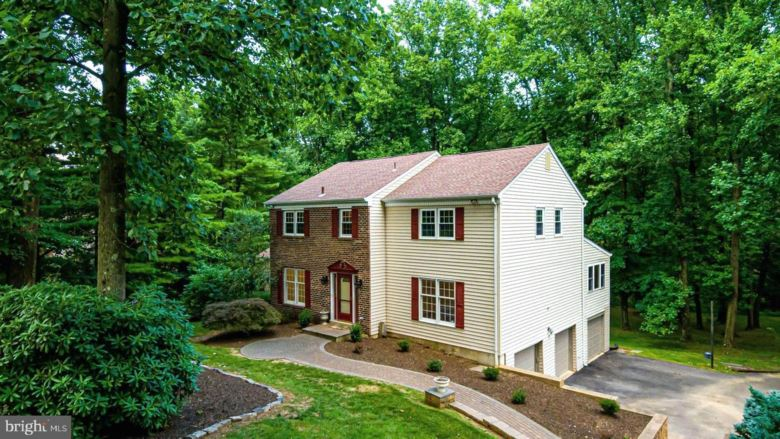 98 CARTER WAY, GLEN MILLS, PA 19342
