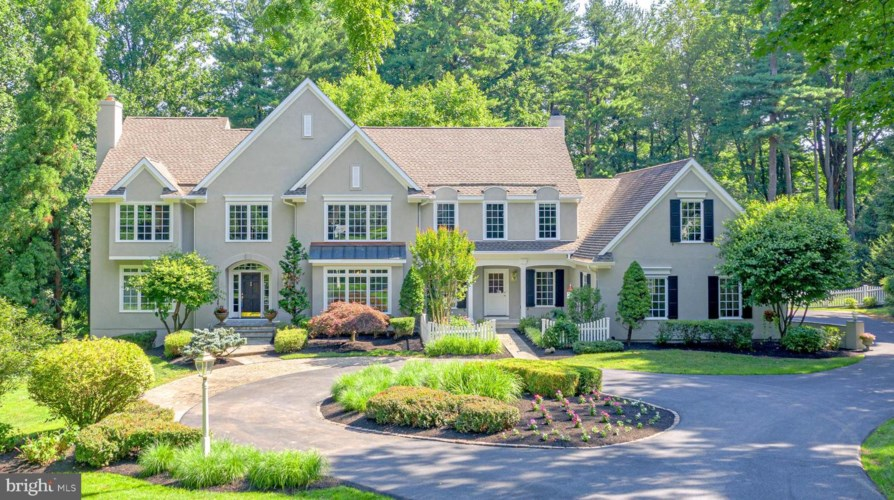 44 BLUE STONE DR, CHADDS FORD, PA 19317