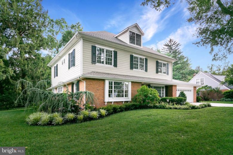 200 MOORE LN, HADDONFIELD, NJ 08033