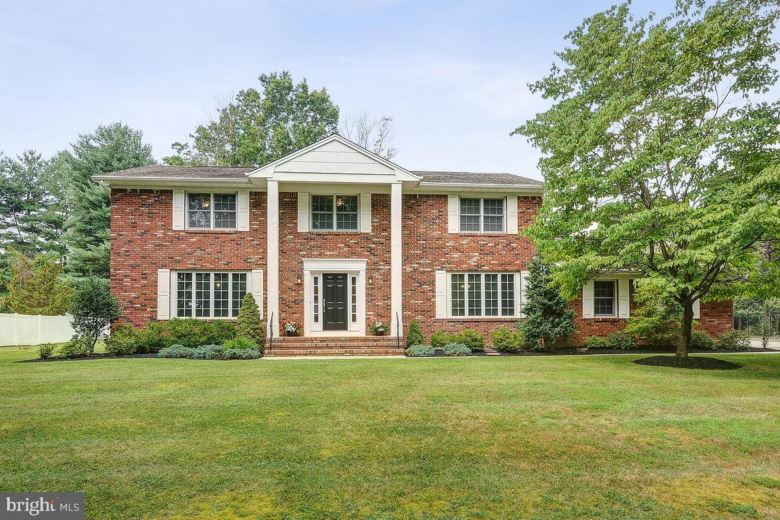 4 GREENE DR, PRINCETON JUNCTION, NJ 08550