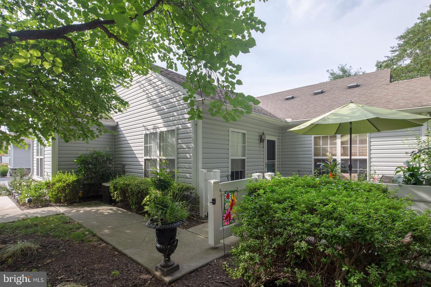 313 FEDERAL POINT BLVD, LAWRENCE TOWNSHIP, NJ 08648