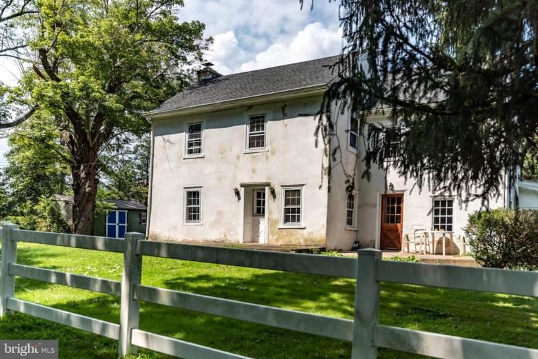 1710 LOWER ROCKY DALE RD, GREEN LANE, PA 18054