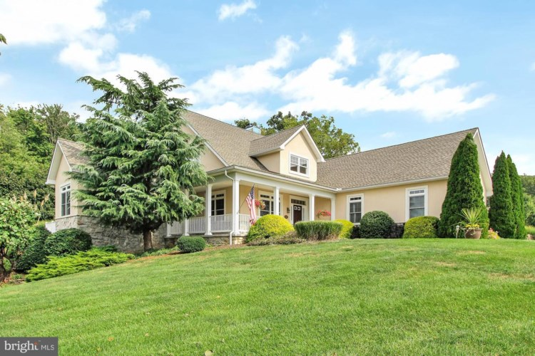 331 THORNHILL DR, HANOVER, PA 17331