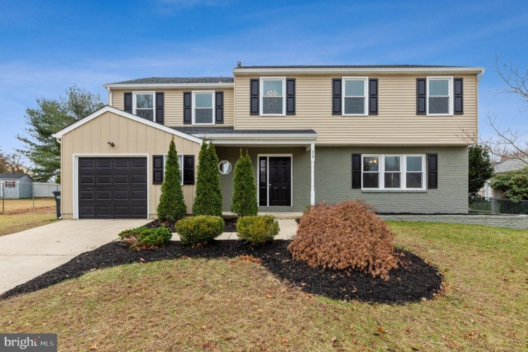 26 MANCHESTER RD, SEWELL, NJ 08080