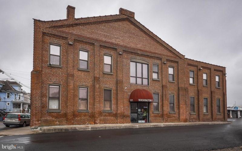 101 WASHINGTON ST, MORRISVILLE, PA 19067