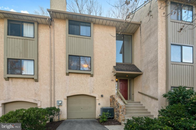 468 LYNETREE DR, WEST CHESTER, PA 19380