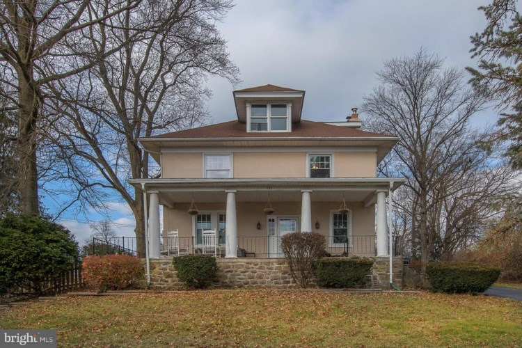 131 N WHITEHALL RD, NORRISTOWN, PA 19403