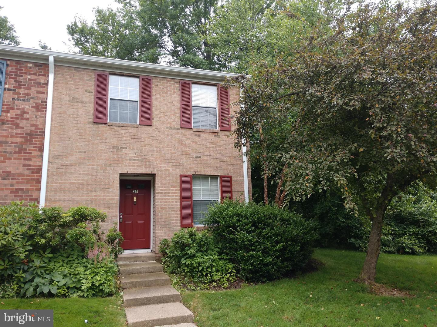 21 SYCAMORE CT, LAWRENCEVILLE, NJ 08648