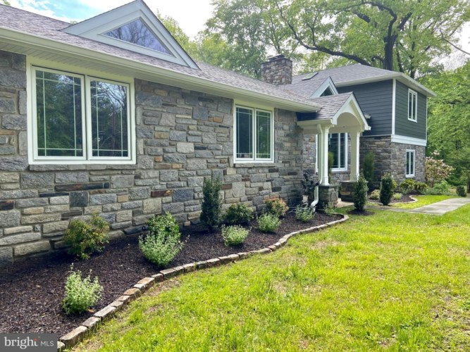 35 DUNMINNING RD, NEWTOWN SQUARE, PA 19073