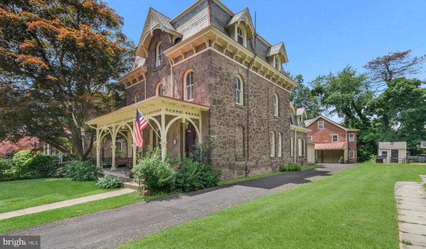 28 S CHANCELLOR ST, NEWTOWN, PA 18940