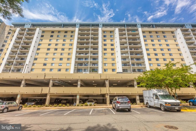 3800 POWELL LN #705, FALLS CHURCH, VA 22041