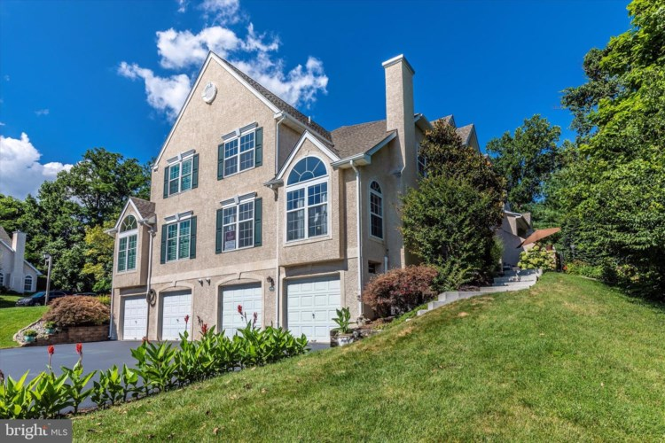 414 HIGHLAND DR, PLYMOUTH MEETING, PA 19462
