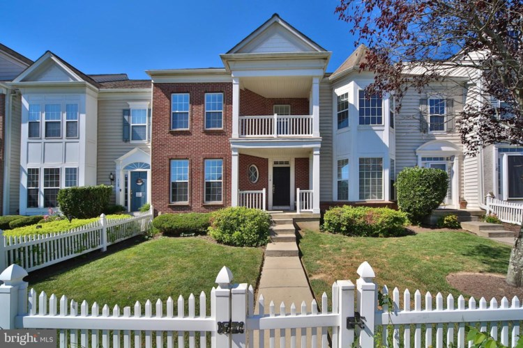 114 PIPERS INN DR, FOUNTAINVILLE, PA 18923