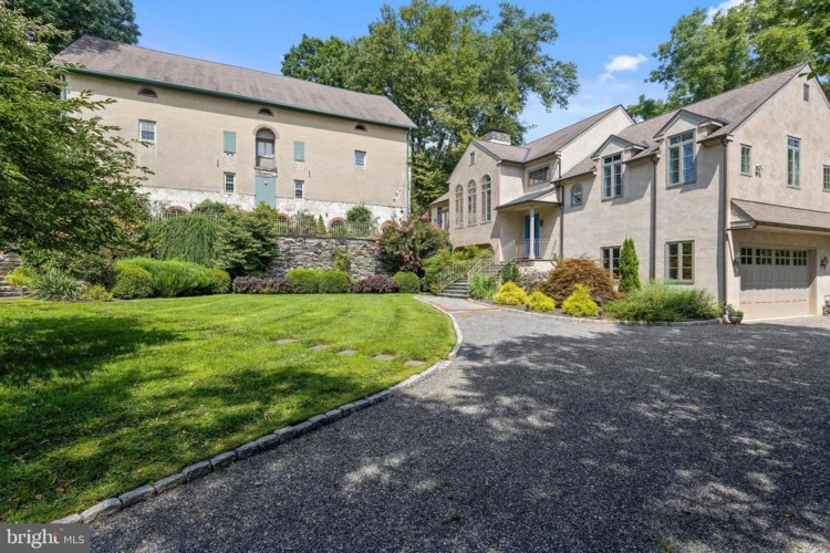 2 TODMORDEN LN, ROSE VALLEY, PA 19086
