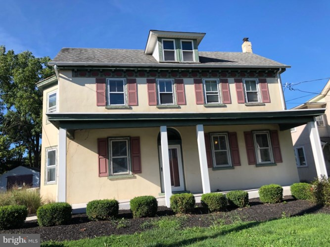 324 W MAIN ST, COLLEGEVILLE, PA 19426