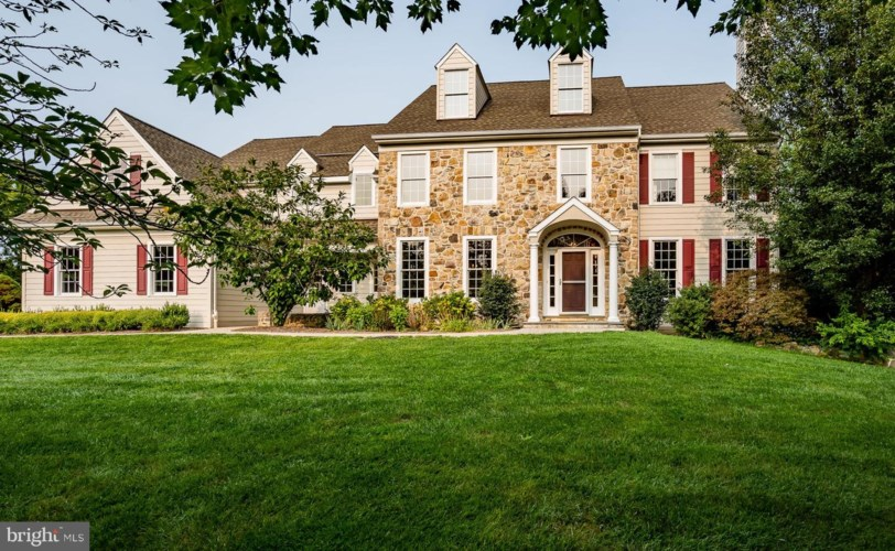 13 PEALE DR, WEST CHESTER, PA 19382