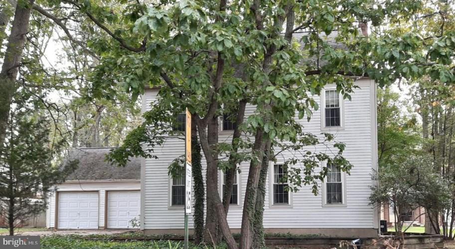 8 WINDSOR DR, SICKLERVILLE, NJ 08081
