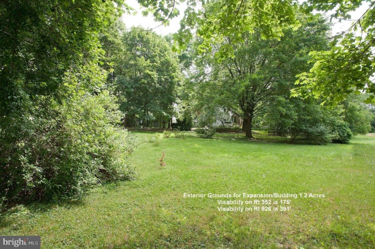 1131 S CHESTER RD, WEST CHESTER, PA 19382