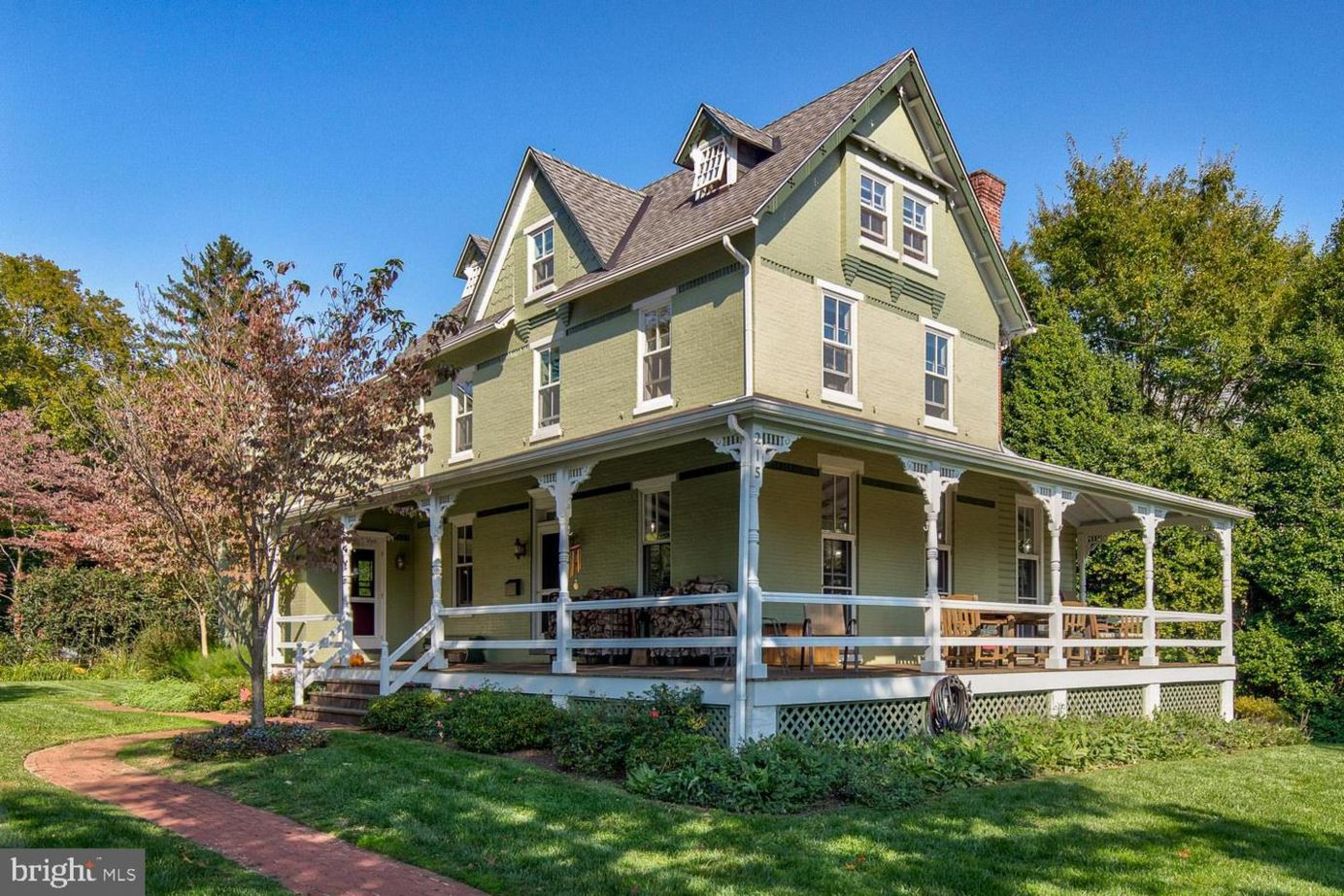 215 COLLEGE AVE, SWARTHMORE, PA 19081