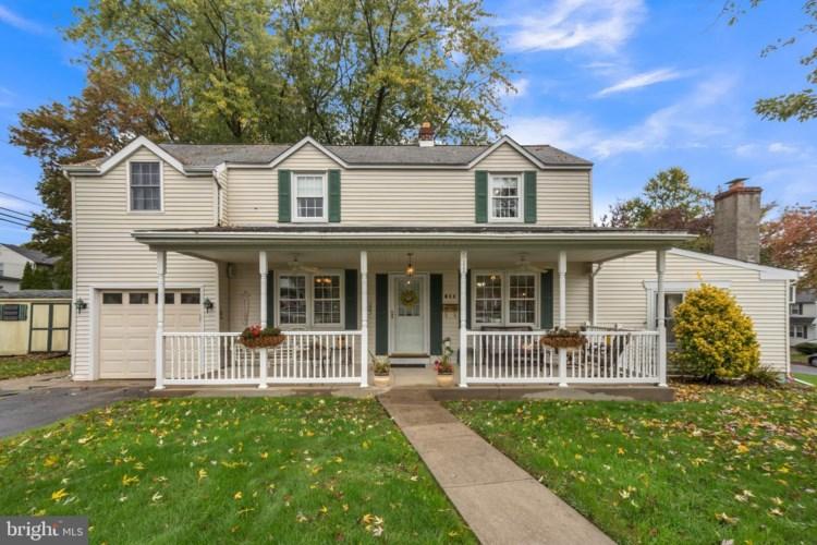 511 SCHOOL HOUSE LN, WILLOW GROVE, PA 19090