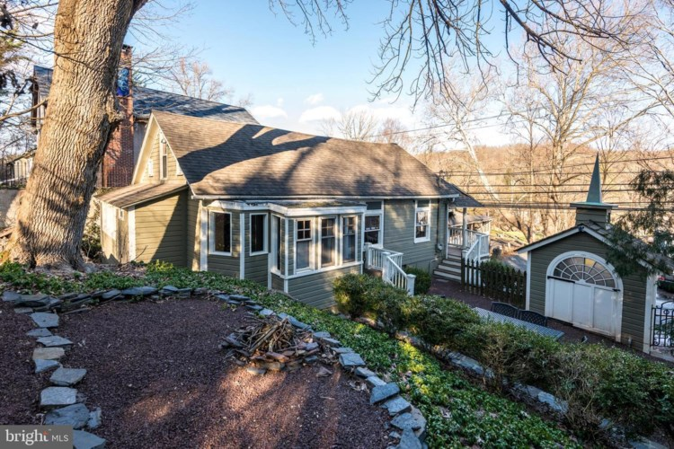 4852 RIVER RD, NEW HOPE, PA 18938