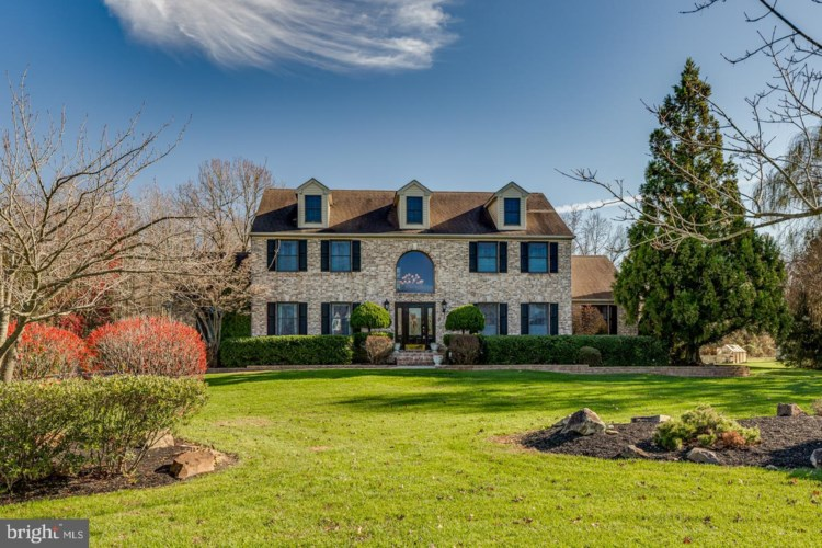 20 SWEET BRIAR CT, MULLICA HILL, NJ 08062