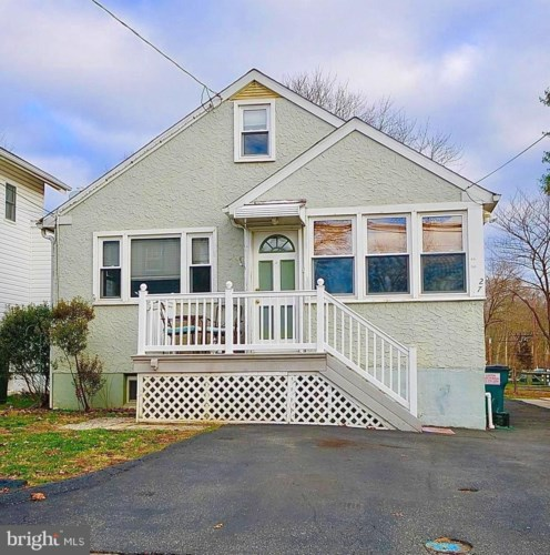 27 WILLOW RD, WALLINGFORD, PA 19086