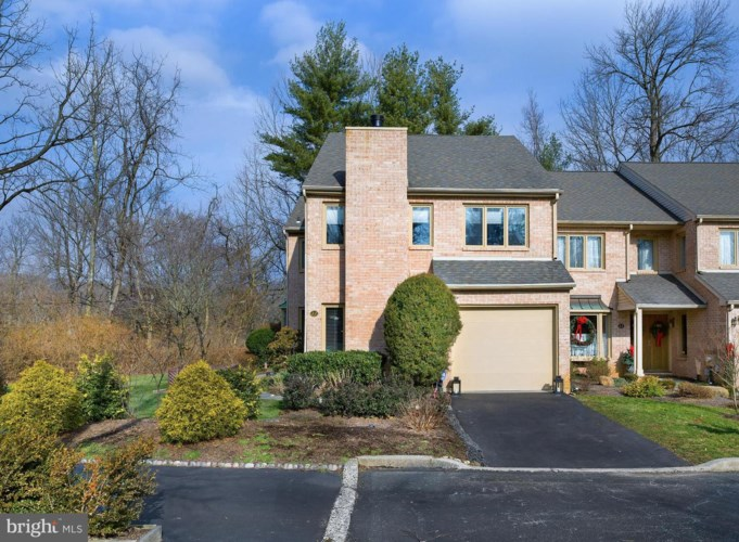 22 TREATY DR, CHESTERBROOK, PA 19087
