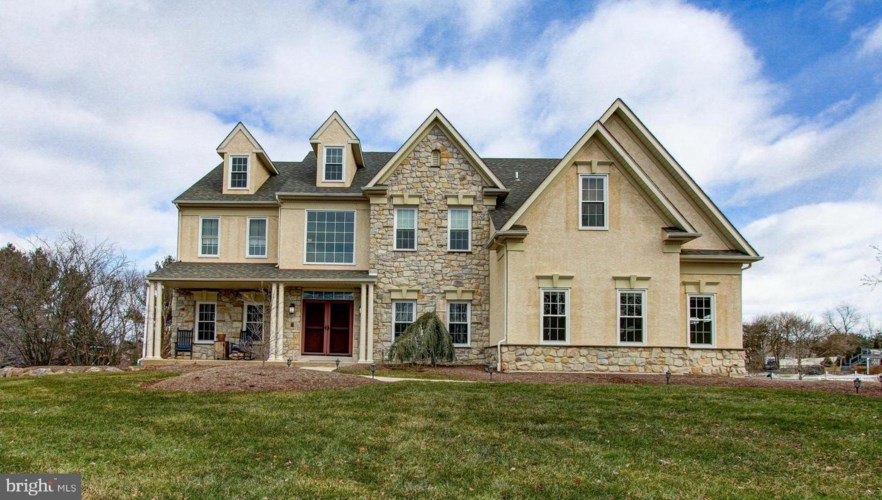 2 STABLE CT, COLLEGEVILLE, PA 19426