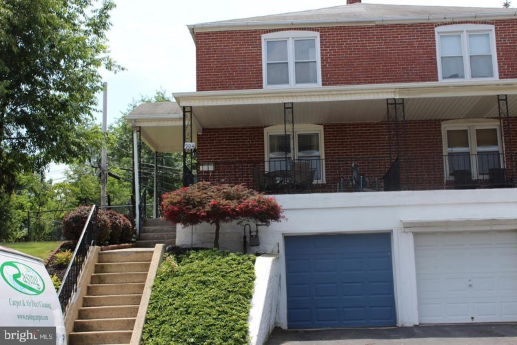 904 W JAMES ST, NORRISTOWN, PA 19401
