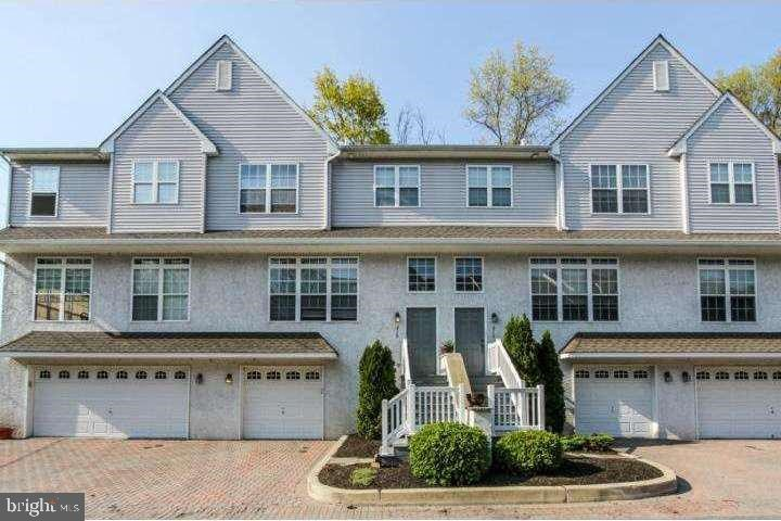 215 DEBAPTISTE LN, WEST CHESTER, PA 19382
