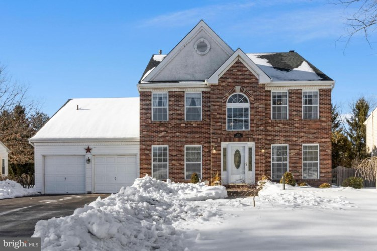 3944 AMBERTON WAY, DOYLESTOWN, PA 18902