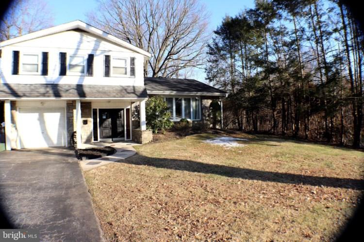 2501 HIGHLAND AVE, BROOMALL, PA 19008