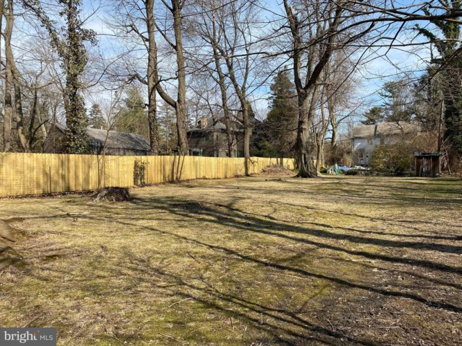548 W MONTGOMERY AVE, HAVERFORD, PA 19041