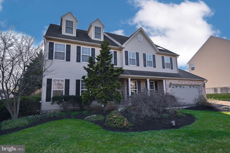 16 WYNNEWOOD DR, COLLEGEVILLE, PA 19426
