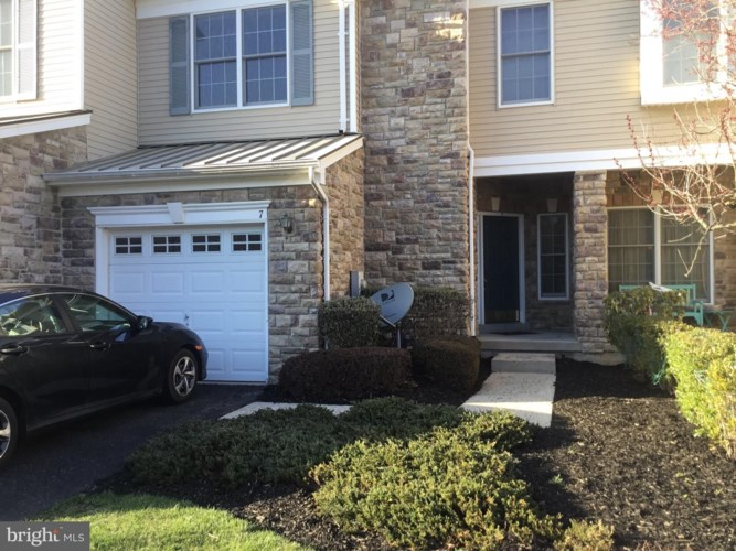 7 WEDGEWOOD CT, PRINCETON, NJ 08540