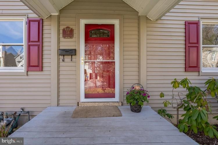 58 EASTWOOD RD, BERWYN, PA 19312
