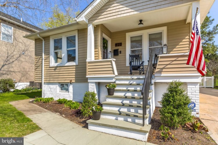 920 OVERBROOK RD, BALTIMORE, MD 21239