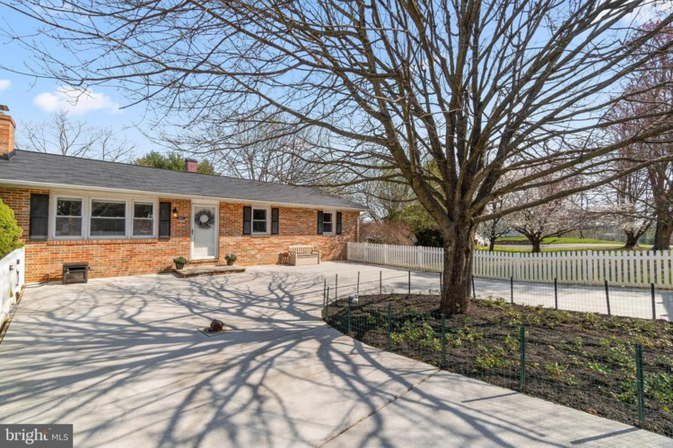 5163 BARTHOLOW RD, SYKESVILLE, MD 21784