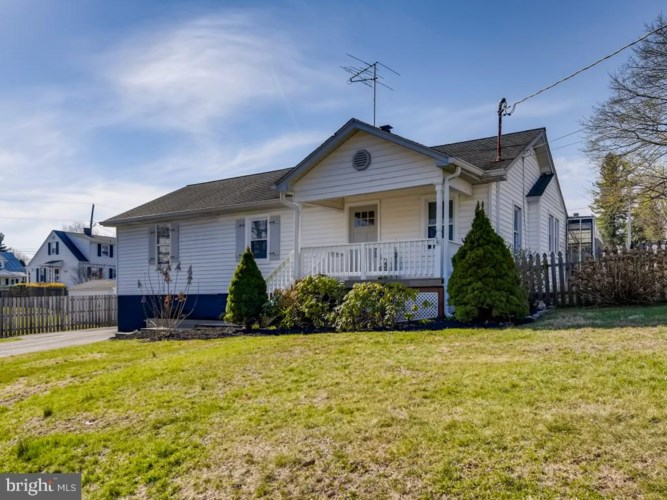208 FREDERICK AVE, MOUNT AIRY, MD 21771
