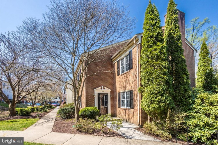 720 COLLEGE PKWY #4, ROCKVILLE, MD 20850