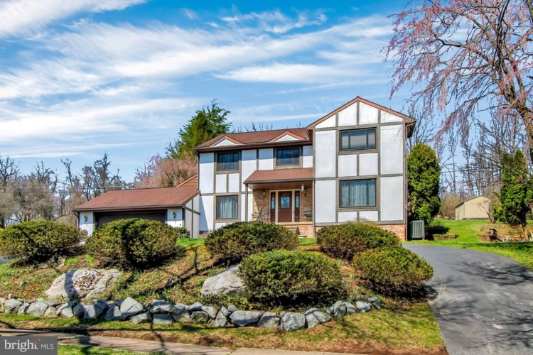 1841 LINCOLN AVE, WYOMISSING, PA 19610