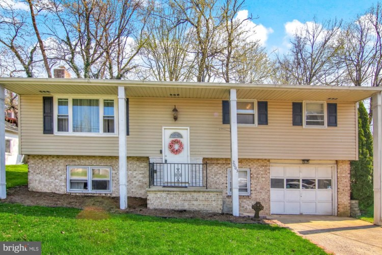 2003 DARTMOUTH ST, CAMP HILL, PA 17011