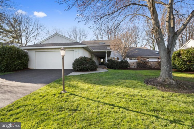 20 TULLAMORE DR, WEST CHESTER, PA 19382