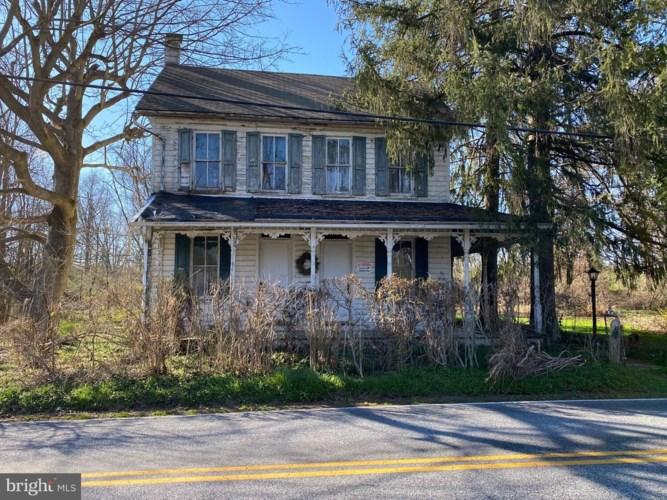 195 CREEK RD, DENVER, PA 17517