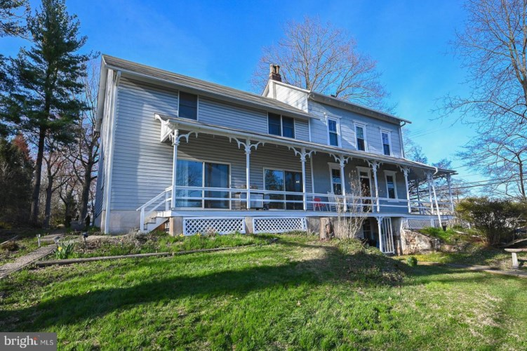 202 PARK AVE, COLLEGEVILLE, PA 19426