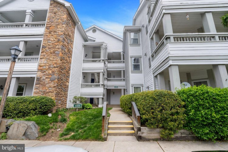 4409 FAIR STONE DR #103, FAIRFAX, VA 22033
