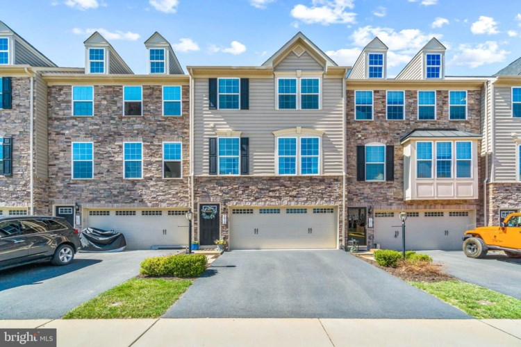7018 DARBEY KNOLL DR, GAINESVILLE, VA 20155